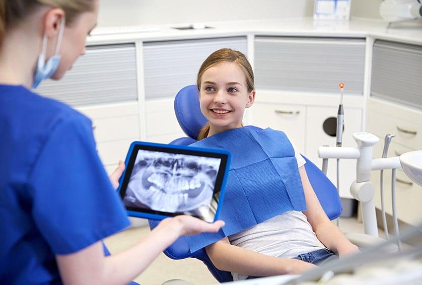 Tips para gestionar con éxito una clínica dental