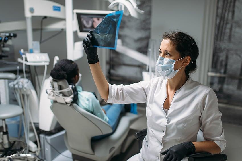 Elegir un buen programa para clínicas dentales